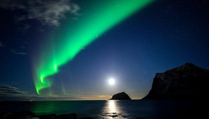 Twitter is Helping Scientists Spot More Northern Lights