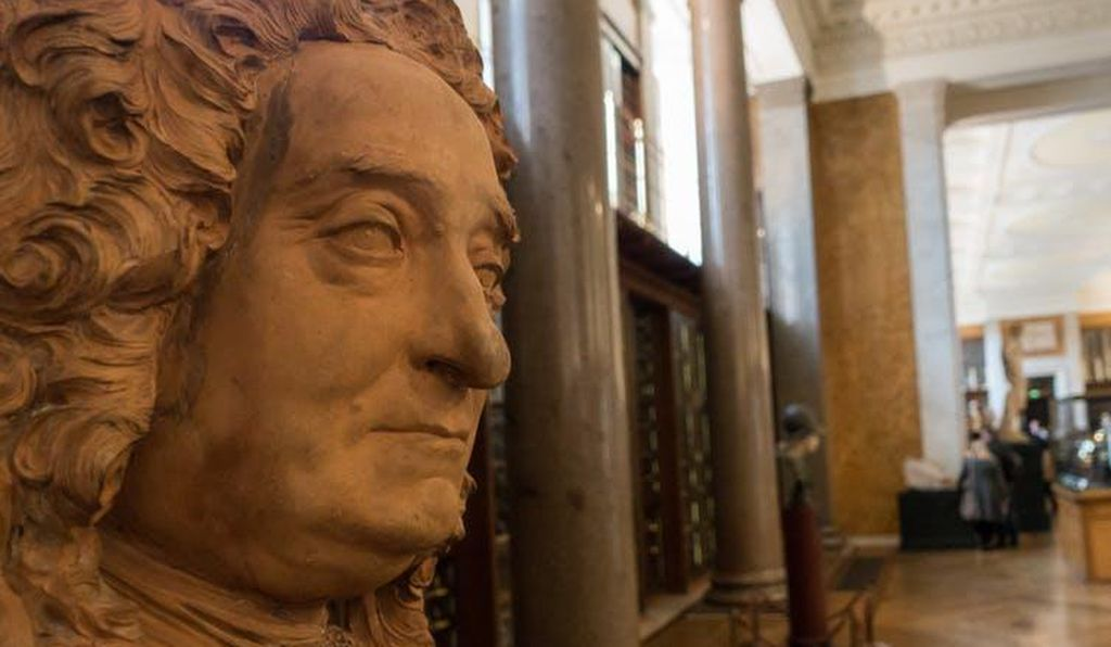 Sir Hans Sloane's imperial collection started the British Museum.