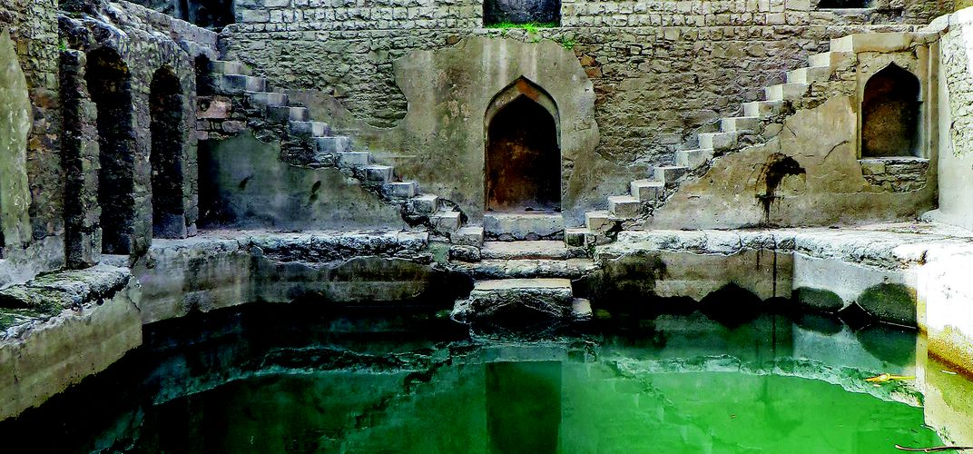 Caption: Photos Capture India's Ancient, Vanishing Stepwells