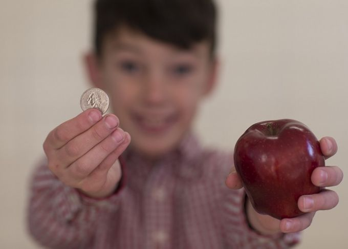 Kid with apple