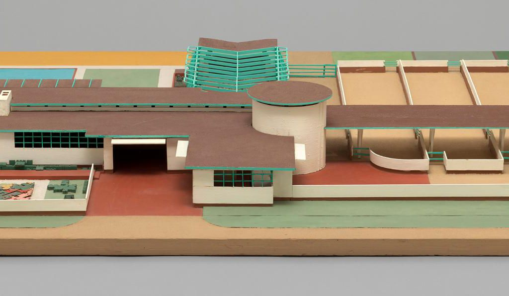 Frank Lloyd Wright. Davidson Little Farms Unit. Project, 1932–33. Model. Painted wood and particle board, 7 3⁄4 x 70 x 54 3⁄4 in. (19.7 x 177.8 x 139.1 cm).