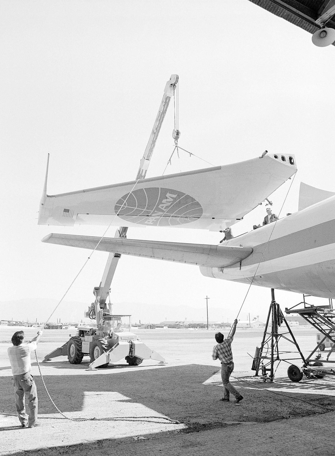 moving pan am wing