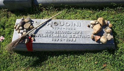 Nine Famous People and What They're Buried With