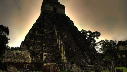 Maya Holy Snake Queen's Tomb Unearthed in Guatemala