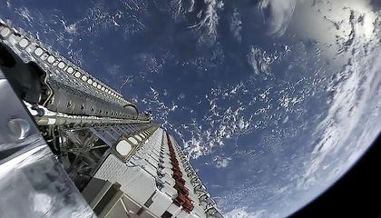 Starlink test satellites in space