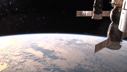 Watch Live HD Video of Earth From Space