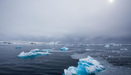 Scientists Find Record 2.7-Million-Year-Old Ice Core in Antarctica