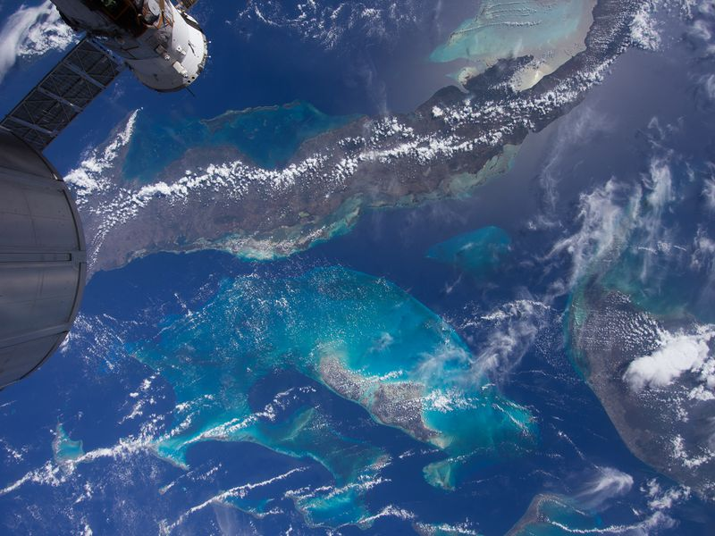Bahama reefs, International Space Station