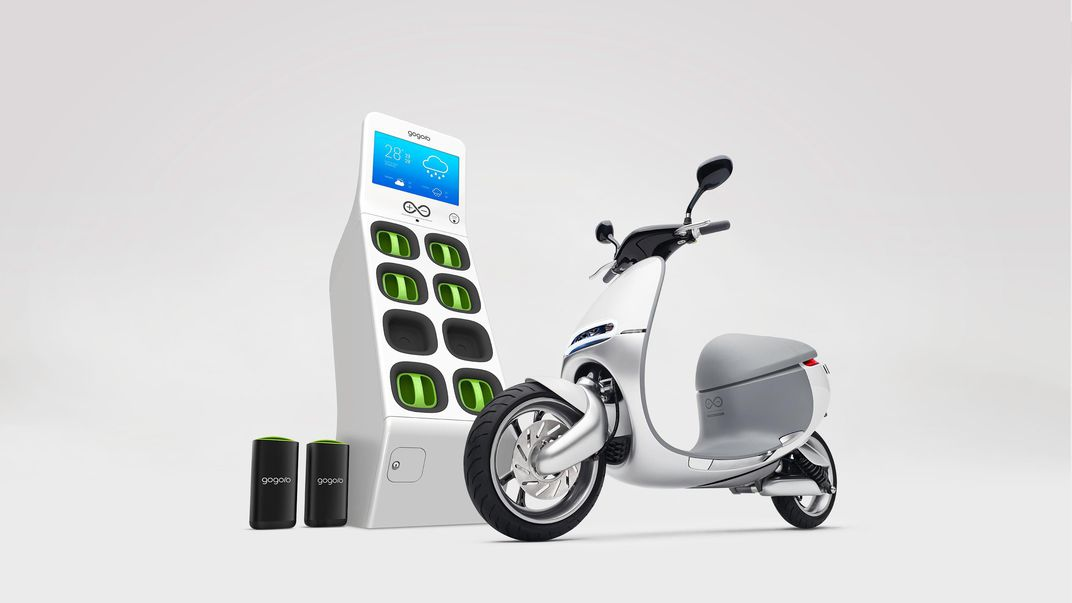 Gogoro Is Releasing An Electric Smartscooter A Lithium Ion Battery Pack And Charging Station At The Consumer Electronics Show This Week In Las Vegas