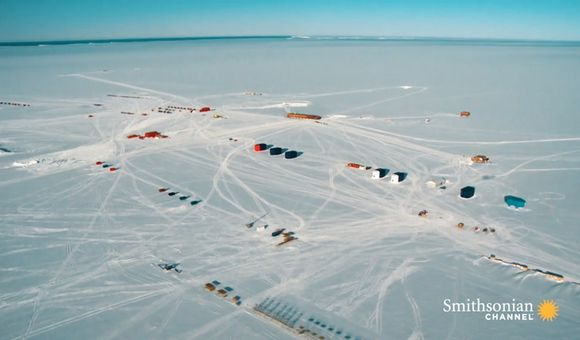 Preview thumbnail for video'This Remarkable Antarctic Base Can Move Around in Case of Danger