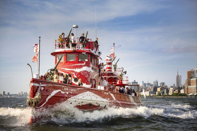 NYC Fireboat Rebranded in Vibrant Dazzle Camouflage to Commemorate