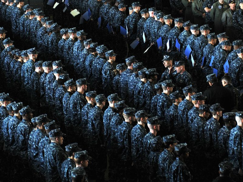 "Navy bids goodbye to ""blueberry"" uniform"