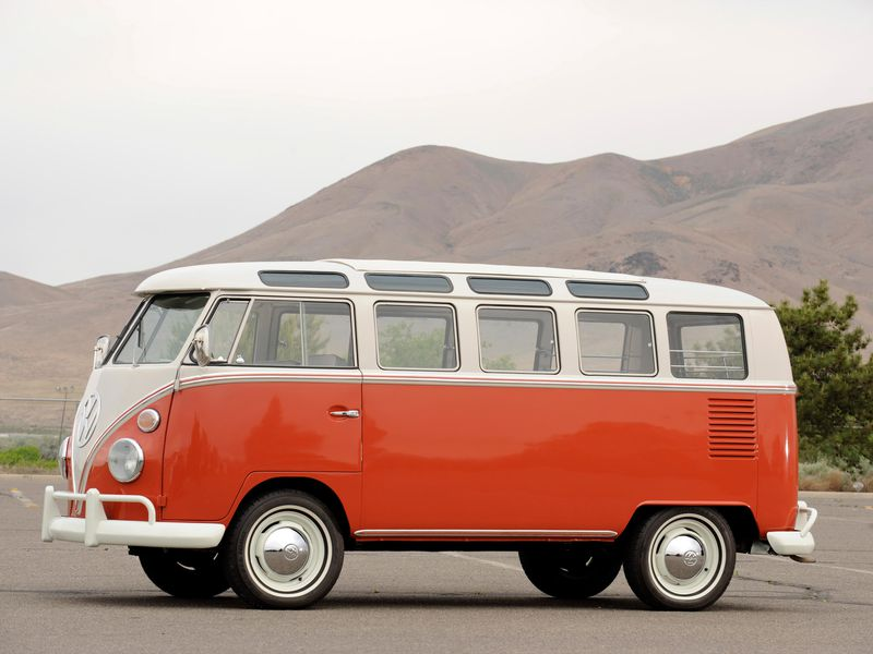 A Brief History Of The Volkswagen Bus Innovation Smithsonian Magazine