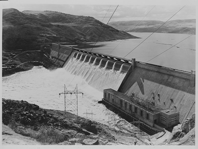 Grand Coulee Dam on the Columbia river, Washington