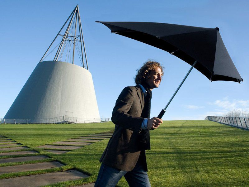 Inventing the perfect umbrella