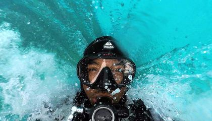 A Diver Captures Bermuda Below the Surface