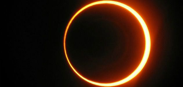 The October 3, 2005 annular eclipse, as seen from Spain