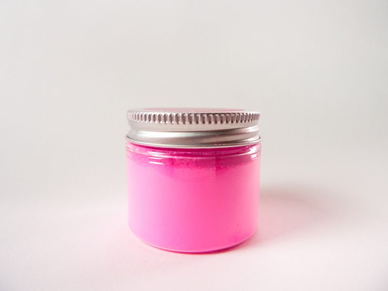 A Jar Of The World S Pinkest Pink Paint Pigment Stuart Semple