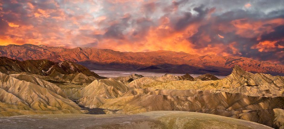 Death Valley Adventure <p>Take leisurely hikes through ancient canyons and along breathtaking sand dunes and discover how flora and fauna have adapted to this most magnificent and extreme environment.</p>
