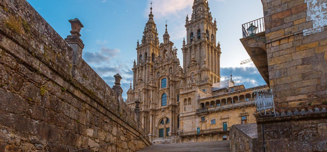 Arriving at the cathedral of Santiago de Compostela