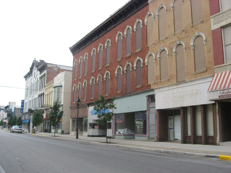 Downtown_Fostoria.jpg