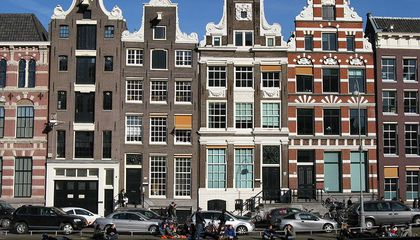 New Website Unearths Amsterdam's History Via 700,000 Artifacts Spanning 5,000 Years