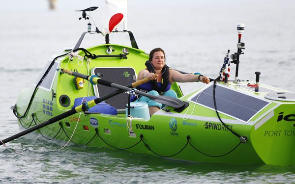 Woman sets out to row across Pacific Ocean