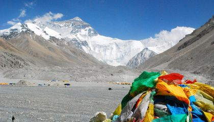 Four People Have Died on Everest in as Many Days