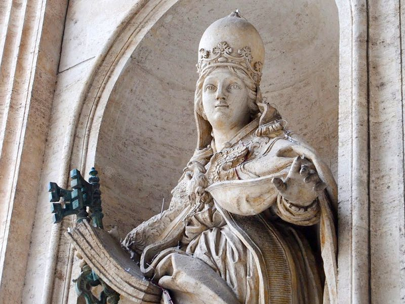 Why the Legend of Medieval Pope Joan Persists | Smart News