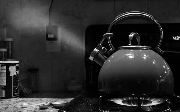 How Does a Tea Kettle Whistle? | Smart News | Smithsonian