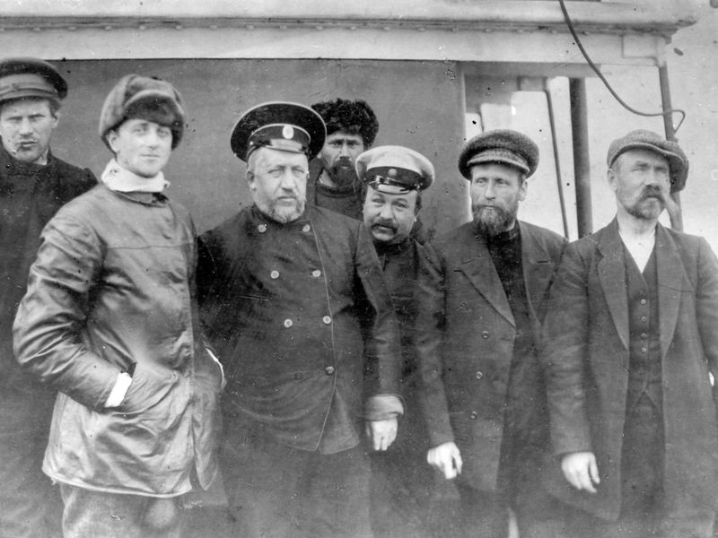 Nagorski and crew.jpg