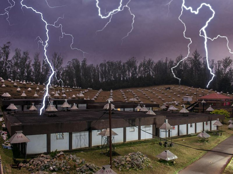 How Much Electricity Can Thunderstorms Produce?