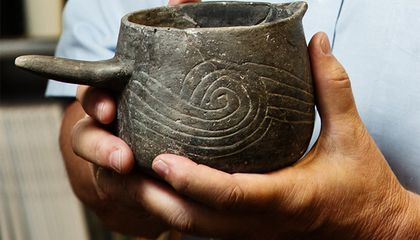 Archaeologists Discover 1000-Year Old Hyper-Caffeinated Tea in Illinois