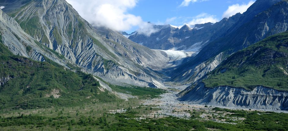 Alaska Adventure <p>Take an adventure-filled journey to wild, wonderful Alaska. Experienceat glittering glaciers and calving icebergs, take a catamaran across the marine-rich waters, and wind through cottonwood and alder forests.</p>