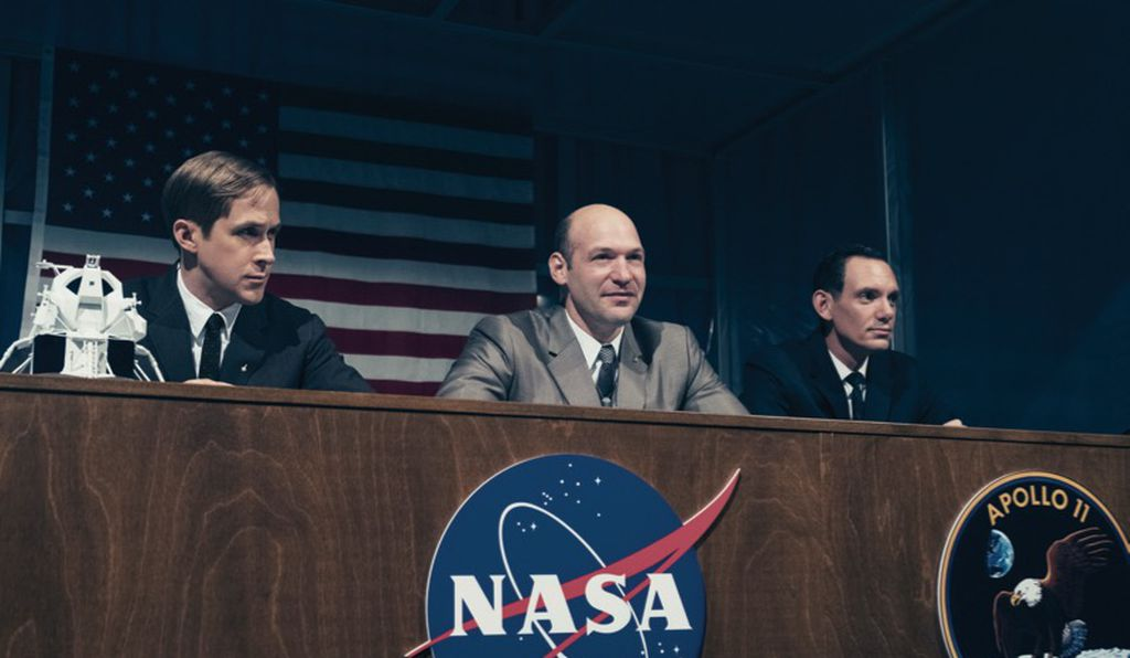 Gosling as Neil Armstrong, Cory Stoll as Buzz Aldrin, and Lukas Haas as Mike Collins.