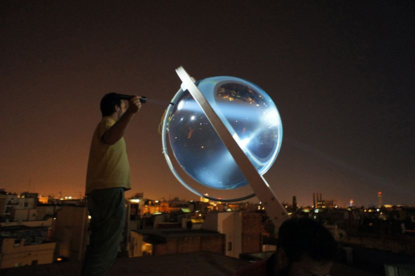 This Orb-Shaped Solar Power Device Works On The Cloudiest Days