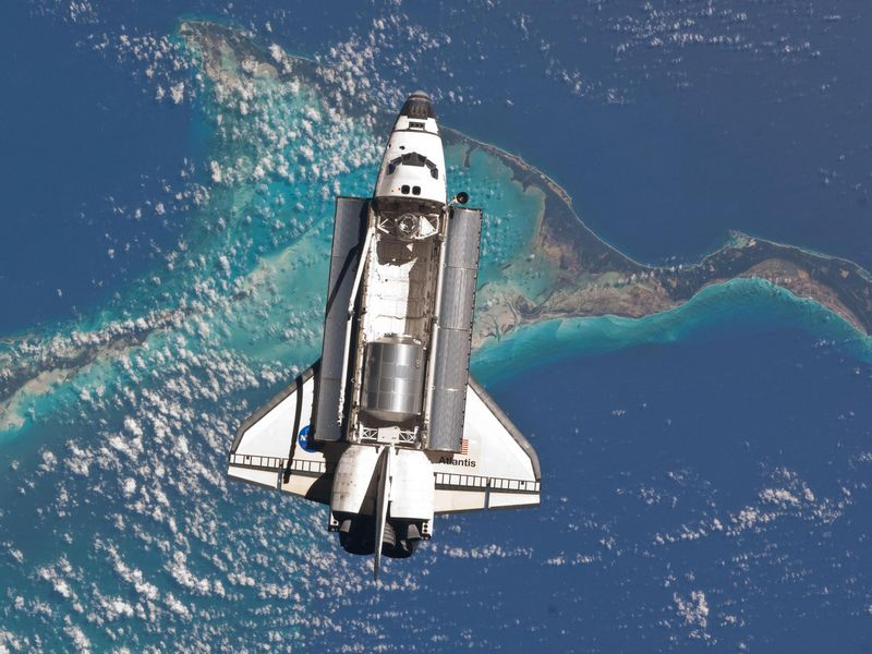 Ask the Astronaut: Why wasn't the space shuttle built out ...