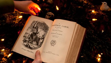 A Plea to Resurrect the Christmas Tradition of Telling Ghost Stories