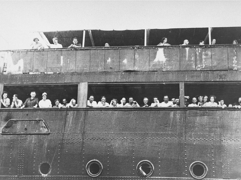 5a43e666844d The U.S. Government Turned Away Thousands of Jewish Refugees ...