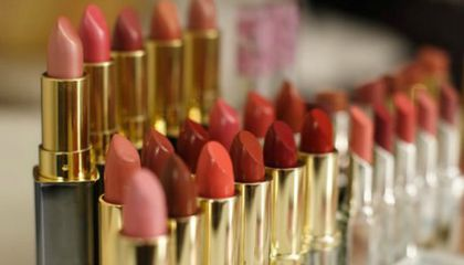 Heavy Metals, Insects and Other Weird Things Found in Lipstick Through Time