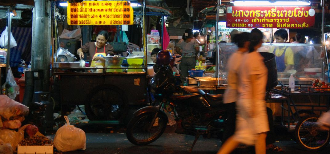 Food stalls as found on most streets in Bangkok