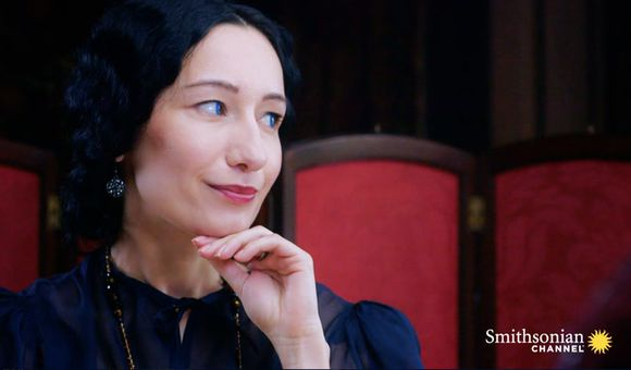 Preview thumbnail for video'How Wallis Simpson Infiltrated British Royalty