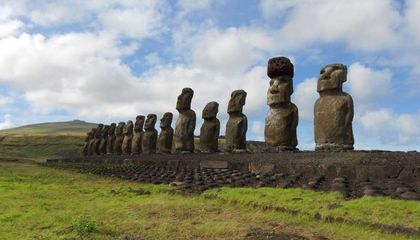 The Clever Way the Easter Island Statues Got Hats