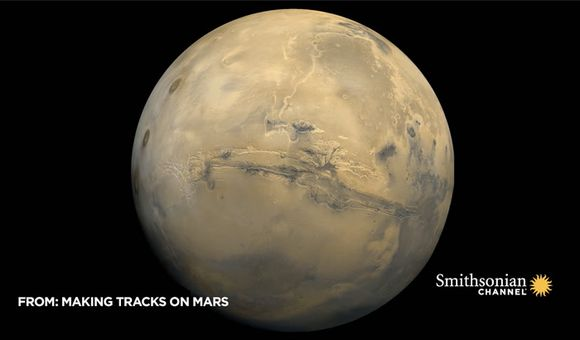 Preview thumbnail for video'How a Powerful Dust Storm Made Mars 'Disappear' In 2018