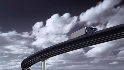 The Very First Self-Driving Semi Truck Has Hit the Road