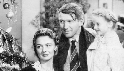 The Weird Story of the FBI and 'It's a Wonderful Life'