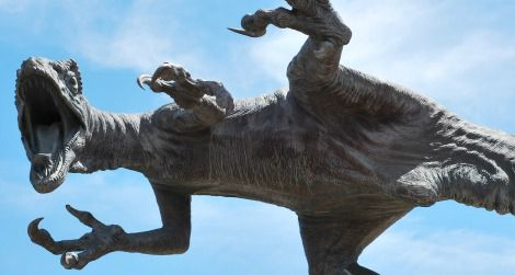 A high-kicking Utahraptor outside the College of Eastern Utah's Prehistoric Museum in Price