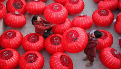 Image: China's lantern makers are gearing up for the new year
