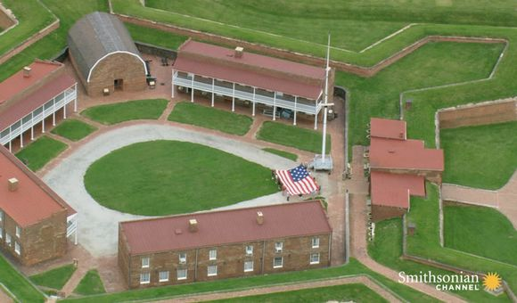 Preview thumbnail for video'The Defense of Fort McHenry