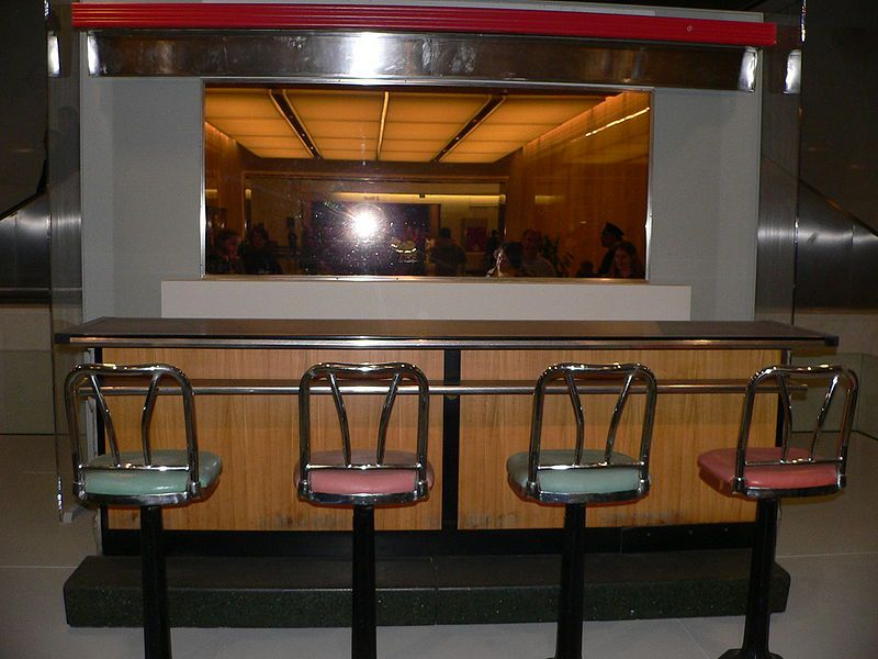 800px-greensboro_sit-in_counter.jpg